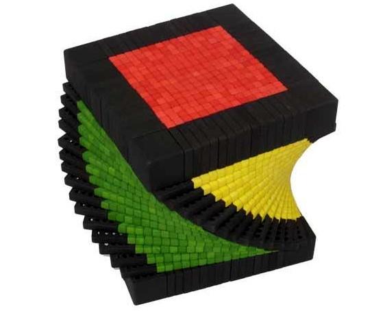 Гигантский кубик Рубика размером 17x17x17