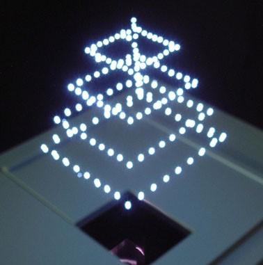 Aerial Burton 3D дисплей строит истиное трехмерное изображение