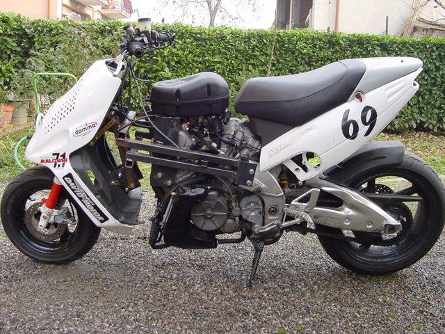 scooter-malaguti-f12-elaborazione-v60-1000-bicilindrico-140-cv-280-kmhby-lupokit-info-360930164il-massimo